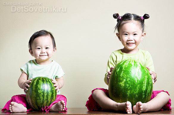 Смешные дети: Кристин и Кайла