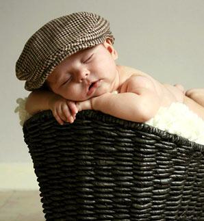 Как приучить ребенка спать в собственной кроватке